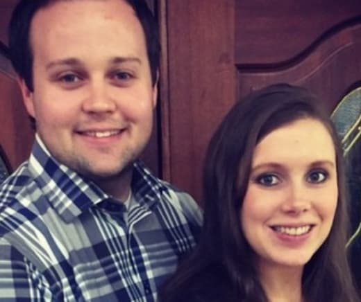 Anna and Josh Duggar Selfie