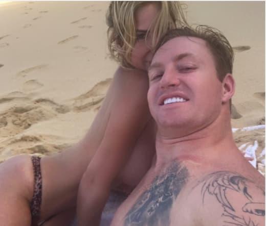 Kim Zolciak Is Topless Again