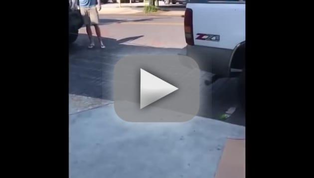 David eason tows strangers truck