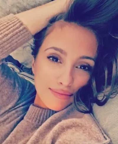 Vanessa (The Bachelor) Photo