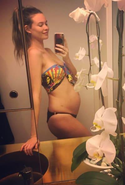 Behati Prinsloo Pregnant Pic