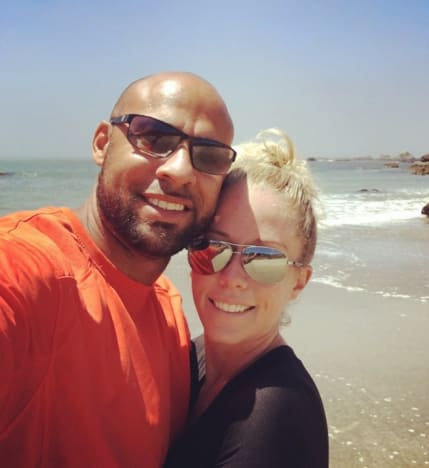 Kendra Wilkinson Misses Hank Baskett