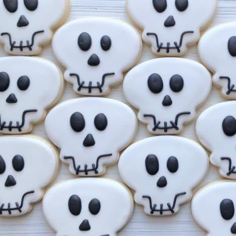 skull cookies from ig