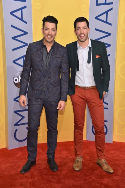 Jonathan and Drew Scott Photo