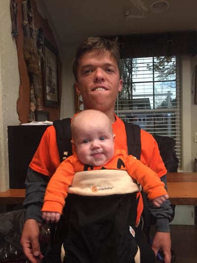 Zach Roloff and Baby Jackson, Pic by Matt Roloff