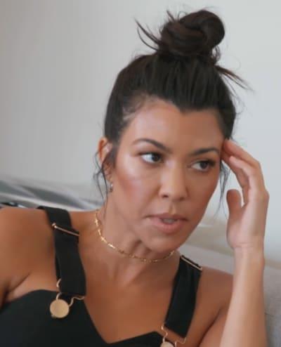 Kourtney Kardashian Speaks to Kim, KUWTK