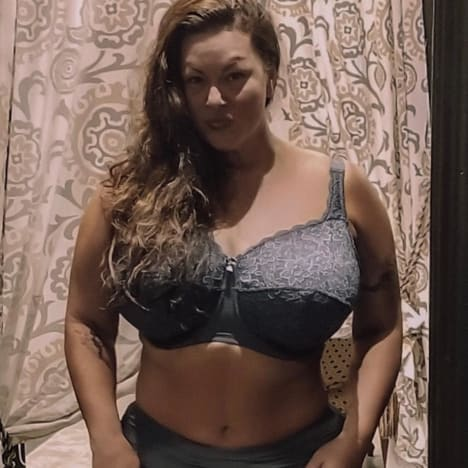 Molly Hopkins Flaunts Weight Loss