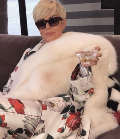 Kris Jenner Goes VERY Blonde