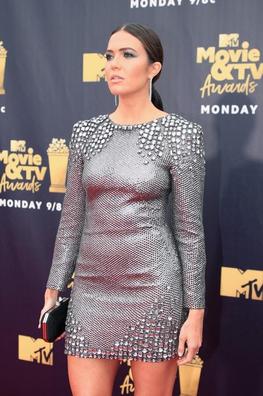 Mandy goes sleek