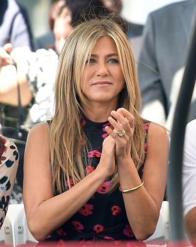 Jennifer Aniston Applauds