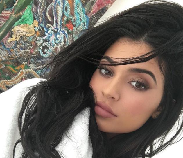 Kylie Jenner Comments on All Those Plastic SurgeryRumors