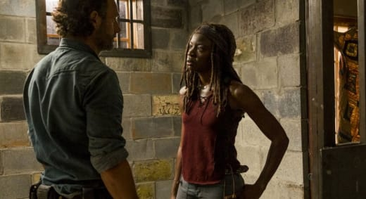 Michonne & Rick Meet Back Up on The Walking Dead