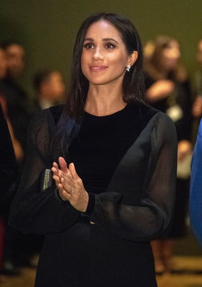 Meghan Markle with Straight Hair