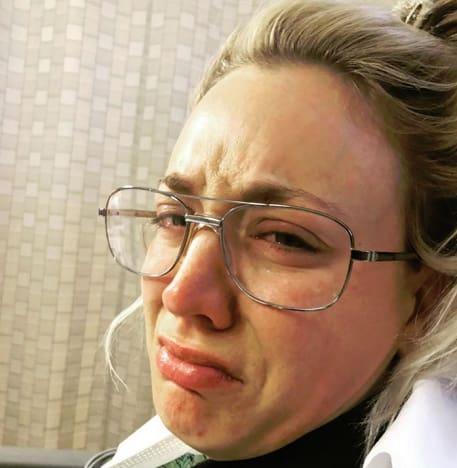 Kaley Cuoco, Honeymoon Crying
