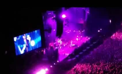 """Pearl Jam (Yes, Pearl Jam!) Covers """"Let It Go"""""""