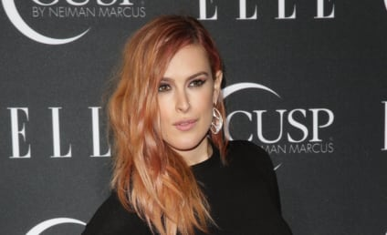 Rumer Willis Wardrobe Malfunction: Red Carpet Matches the Drapes!
