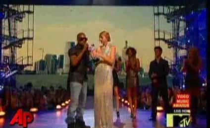 Kanye West Crashes Taylor Swift Speech at MTV Awards, Praises Beyonce, Makes Fool of Himself