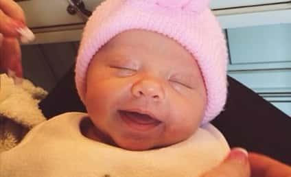 Kim Zolciak Posts Baby Photos: Meet the Twins!
