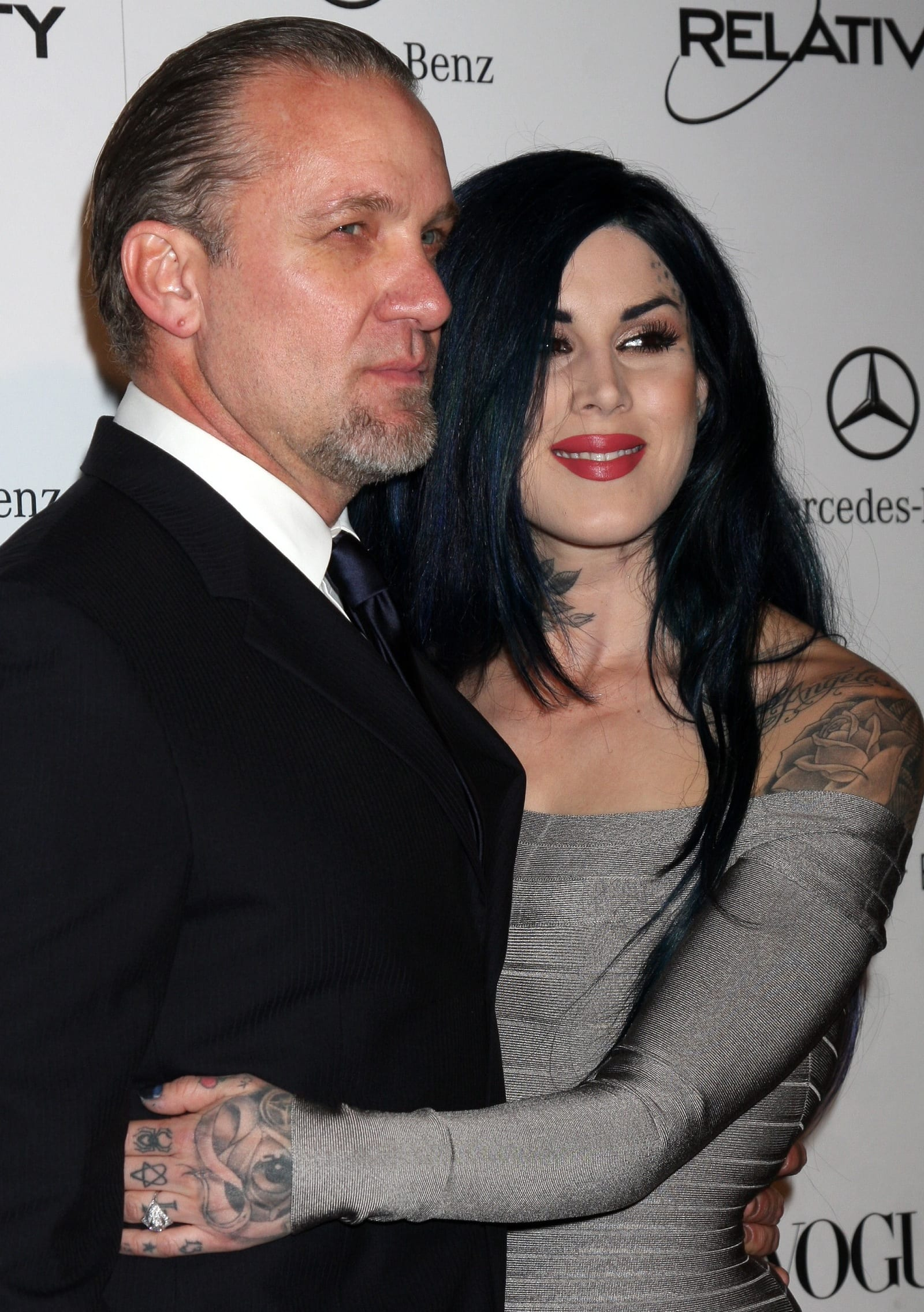 Wie is Sandra Bullock dating 2012