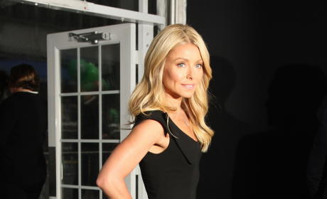 Who should co-host Live With Kelly Ripa?