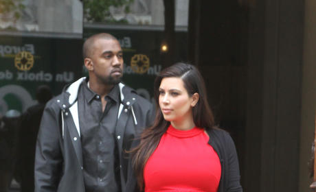 Which outfit do you like better on Kim Kardashian?