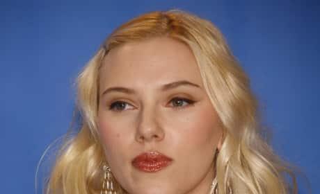 Scarlett Johansson Platinum Blonde