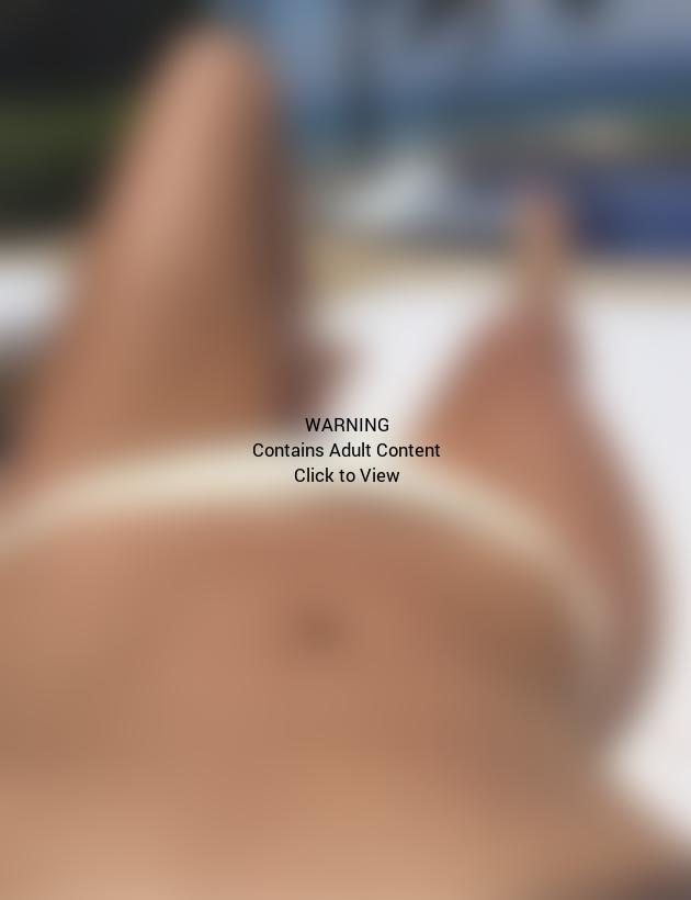 Kim Kardashian Body Selfie