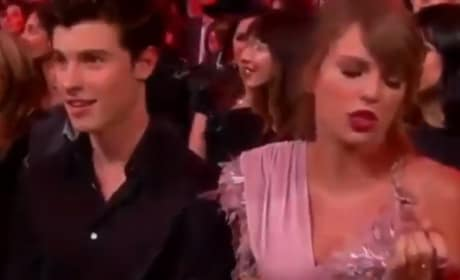 Taylor Swift Was FEELING Kelly Clarkson's Billboard Music Awards Show