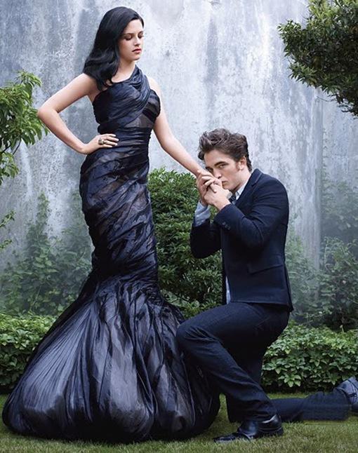 Robert Pattinson Kissing Kristen Stewart