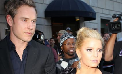 "Jessica Simpson Sets Up Prenup, ""Bonus Plan"" For Eric Johnson Before Wedding"