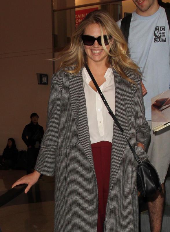 Kate Upton Lands at LAX