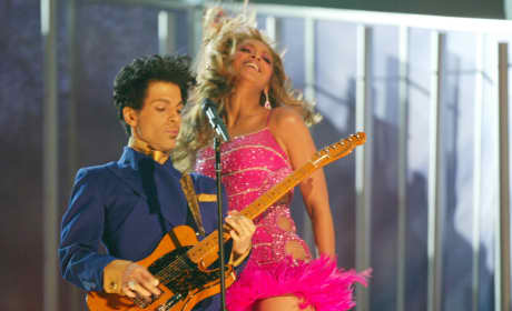 Prince and Beyonce Perform at 6th Annual Grammy Awards