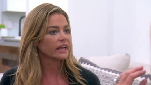 Denise Richards Dreads Seeing the Housewives Again