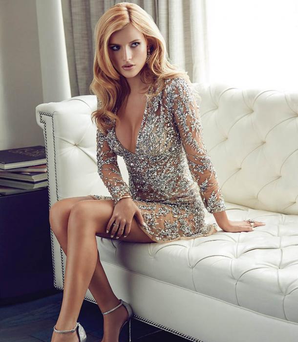 Bella Thorne - 18