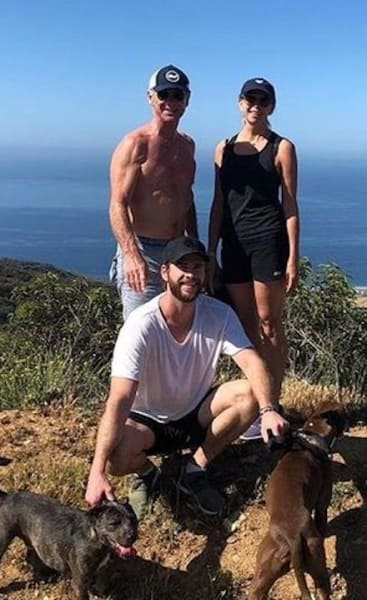Liam Hemsworth, Parents