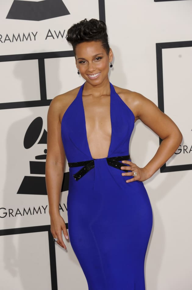 alicia keys at 2014 grammys the hollywood gossip