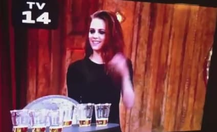 Kristen Stewart Plays Giant Quarters, Chugs Beer on Jimmy Fallon Live