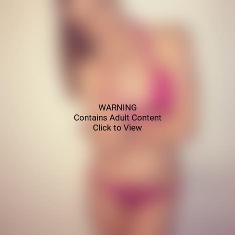 Robyn Lawley Bikini Photo