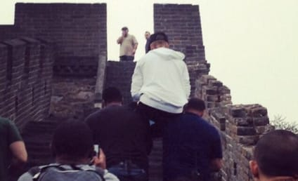 Justin Bieber Carried Up Great Wall of China by Bodyguards