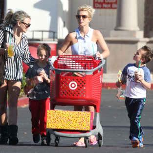Britney Spears, Jamie Lynn Spears Photo