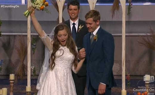 Joy-Anna Duggar is Married!