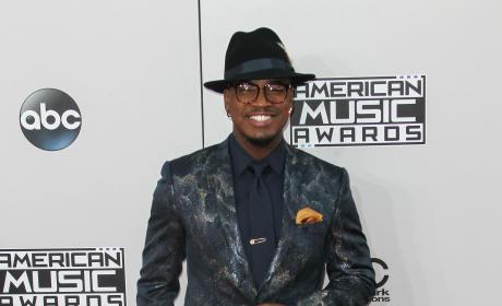 Ne-Yo at the American Music Awards