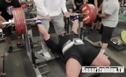 Eric Spoto Breaks Bench Pressing World Record