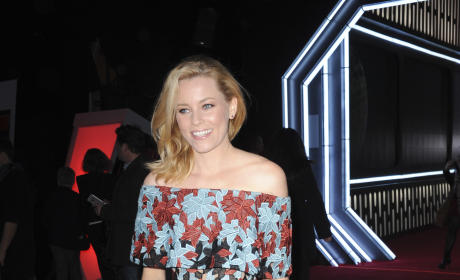 Elizabeth Banks: 'Star Wars: The Force Awakens' Premiere
