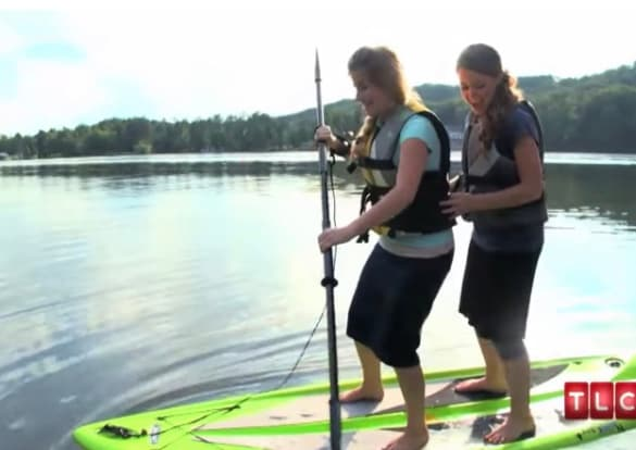 Jana and Laura: Paddling Modestly