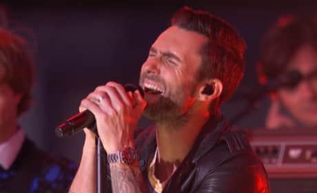 "Maroon 5 - ""Maps"" (2014 MTV VMAs)"