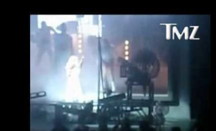 Lady Gaga Goes Down on Stage