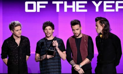 One Direction Wins ARTIST OF THE YEAR: See the Speech!