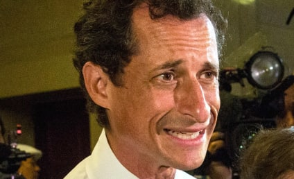 Anthony Weiner Checks Into Rehab for Sex Addiction