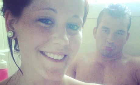 Jenelle Evans shower selfies: Too cute or TMI?
